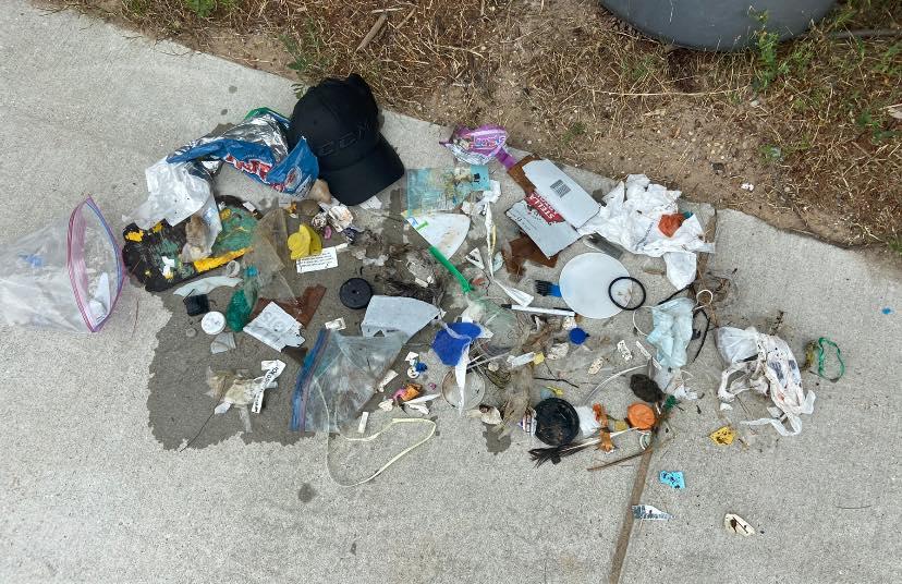 plastové odpadky